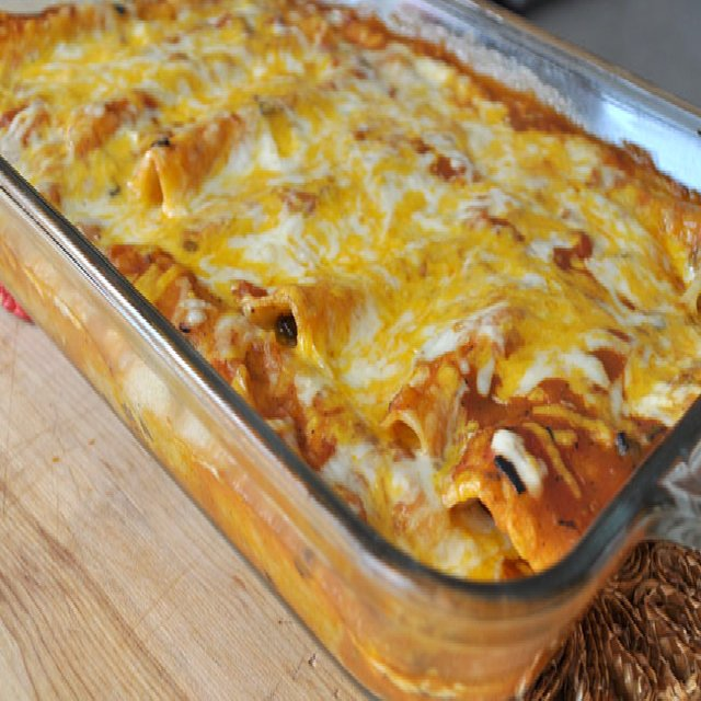 Easy beef enchiladas recipe   – created on the CHEF CHEF app for iOS