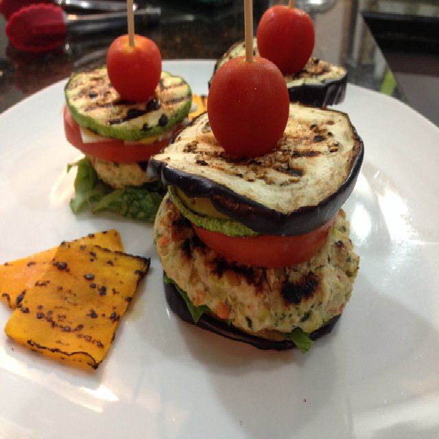 Healthy chicken hamburger  – created on the CHEF CHEF app for iOS