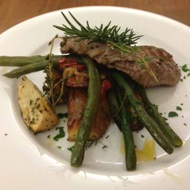 Steak, Potatoes & Vege Salad  –created on the CHEF CHEF app for iOS