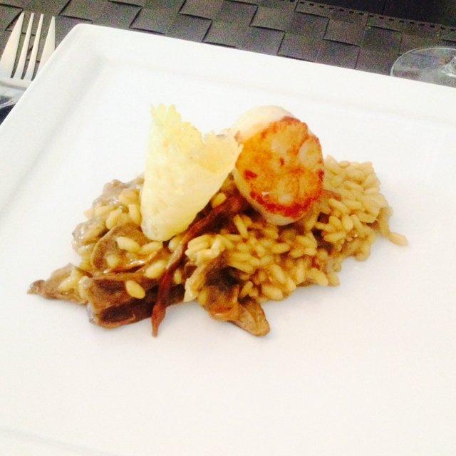 Funghi risotto with scallop