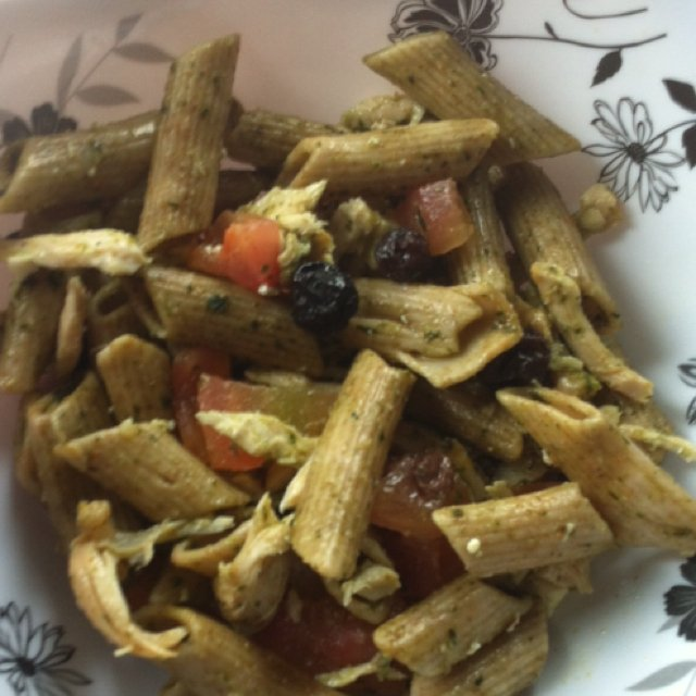 Salada de macarrão ao pesto – created on the CHEF CHEF app for iOS