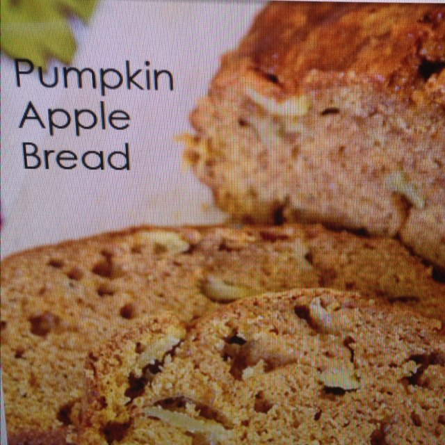 Pumpkin Apple Bread –created on the CHEF CHEF app for iOS