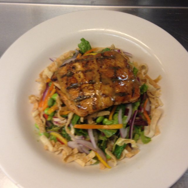 Sesame Ginger Salmon Salad – created on the CHEF CHEF app for iOS