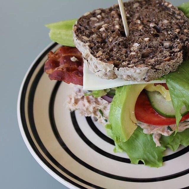 Rugbrødssandwich m. tunmousse –created on the CHEF CHEF app for iOS