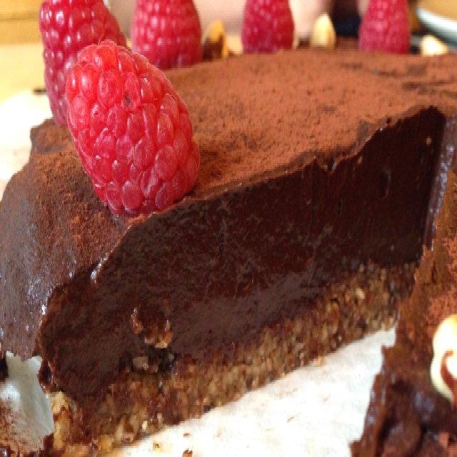 Raw chokolade-ganache-kage –created on the CHEF CHEF app for iOS