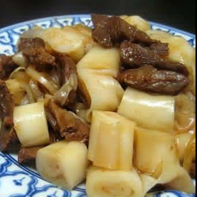 Banh Cuon Xao Bo