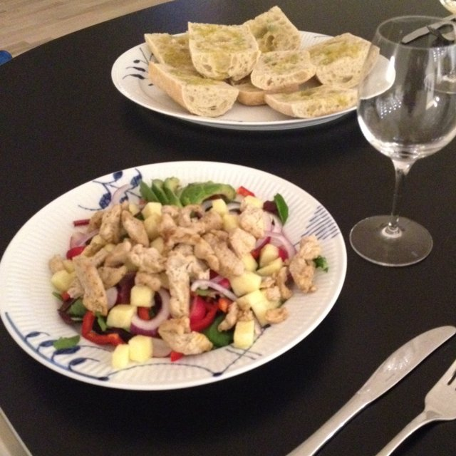 Kyllinge salat m. Ananas –created on the CHEF CHEF app for iOS