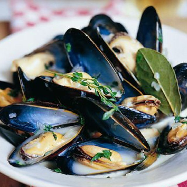 Moules Mariniere – created on the CHEF CHEF app for iOS