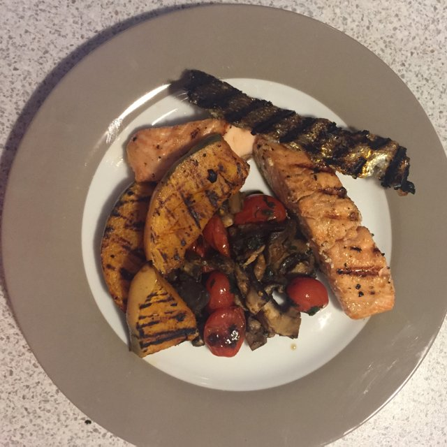 BBq salmon with toasted veg's