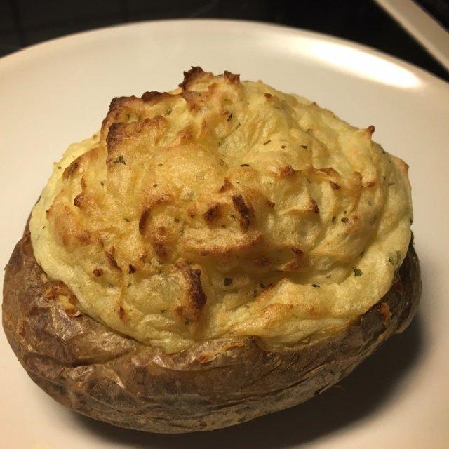 Bagt kartoffel med mos