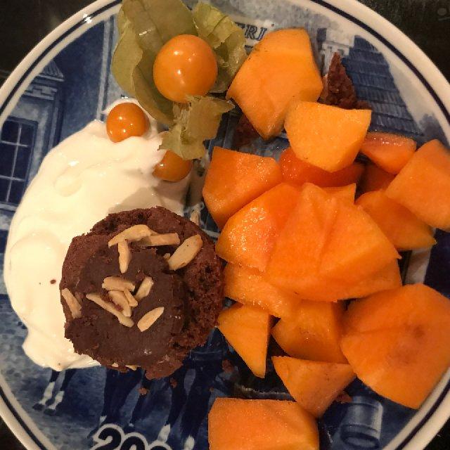 Chokolade muffin - Kaki frugt